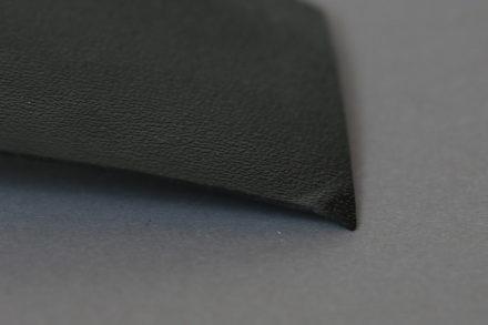 Jak usztywnić dno w torebce - płyta polietylenowa