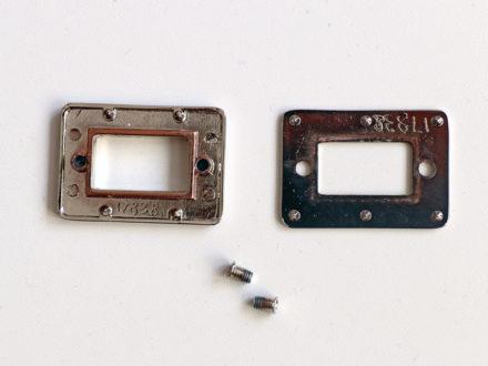 Zakładanie ramki - górnej części zapięcia obrotowego / przekręcanego