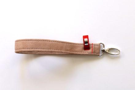 Jak uszyć pasek na nadgarstek z tkaniny - tutorial
