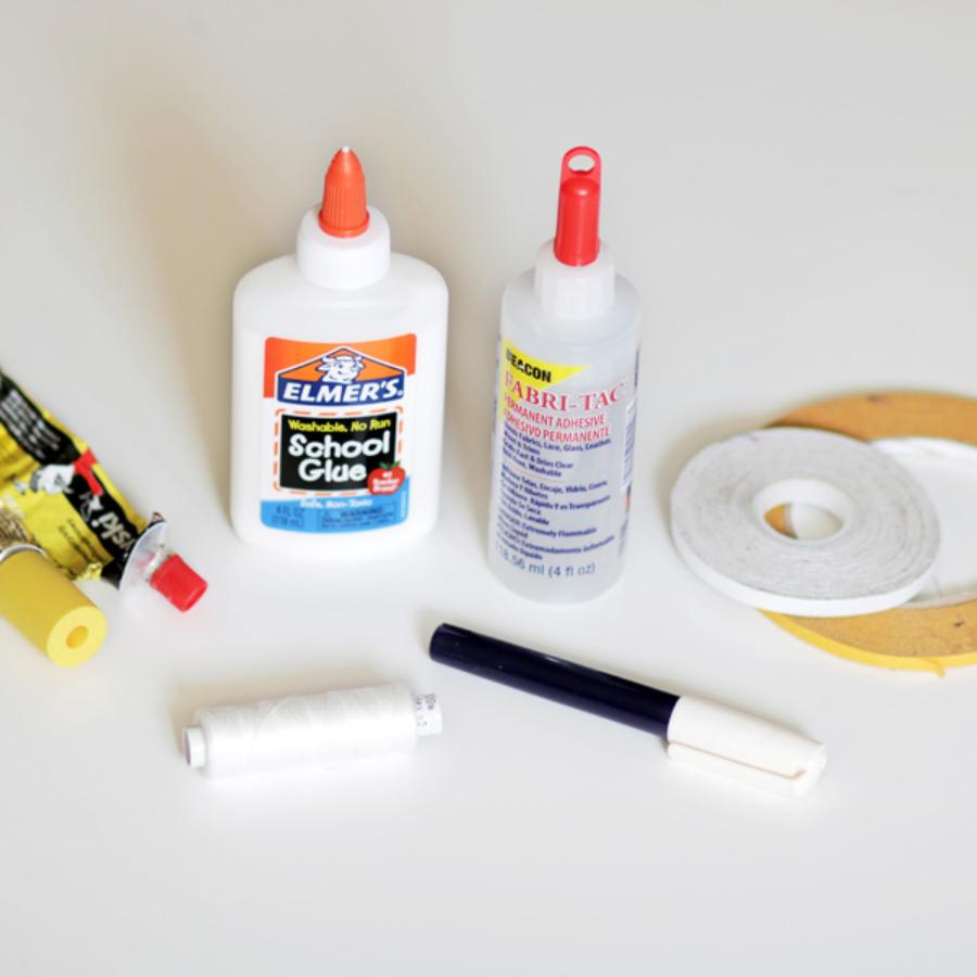 Produkty ułatwiające szycie, kleje do tkanin