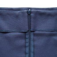 Spódnica wykończona obłożeniem w pasie