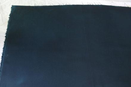 Uzupełnione braki wosku, możemy zająć się drugą warstwą tkaniny
